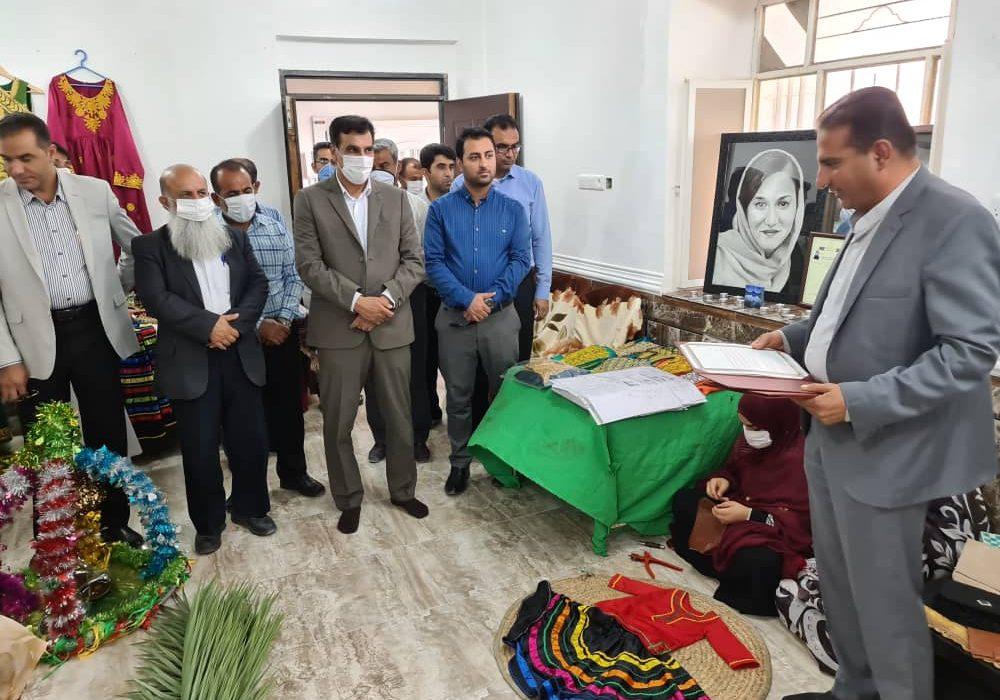 ۳ مرکز آموزش، تولید و اشتغال صنایع دستی در بستک افتتاح شد