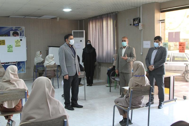 اطمینان خاطر فرماندار بندرعباس به خانواده ها در مورد رعایت پروتکل های بهداشتی در حوزه های آزمون حضوری
