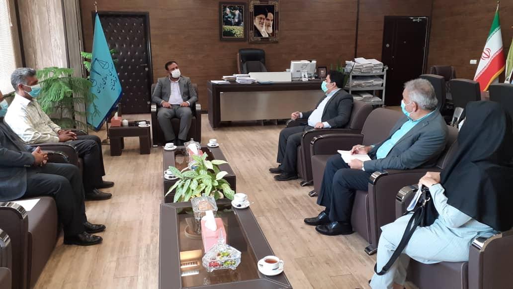 دیدار مدیرکل شیلات هرمزگان با رئیس کل دادگستری استان هرمزگان