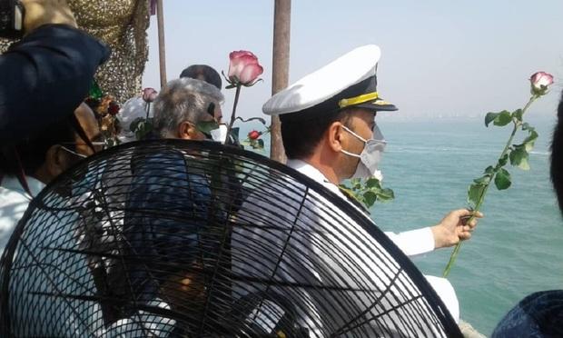 گلباران شهادتگاه ۲۹۰ مسافر ایرباس در آبهای خلیج فارس انجام شد