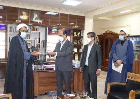 دانشگاه آزاد اسلامی بندرعباس رتبه برتر ستاد اقامه نماز هرمزگان شد
